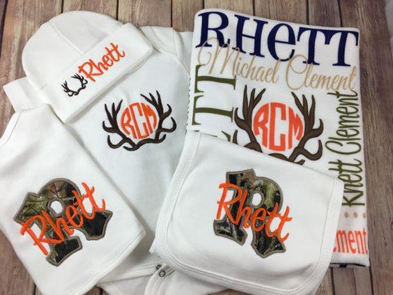 Custom printed burp cloth with the name Rhett on it